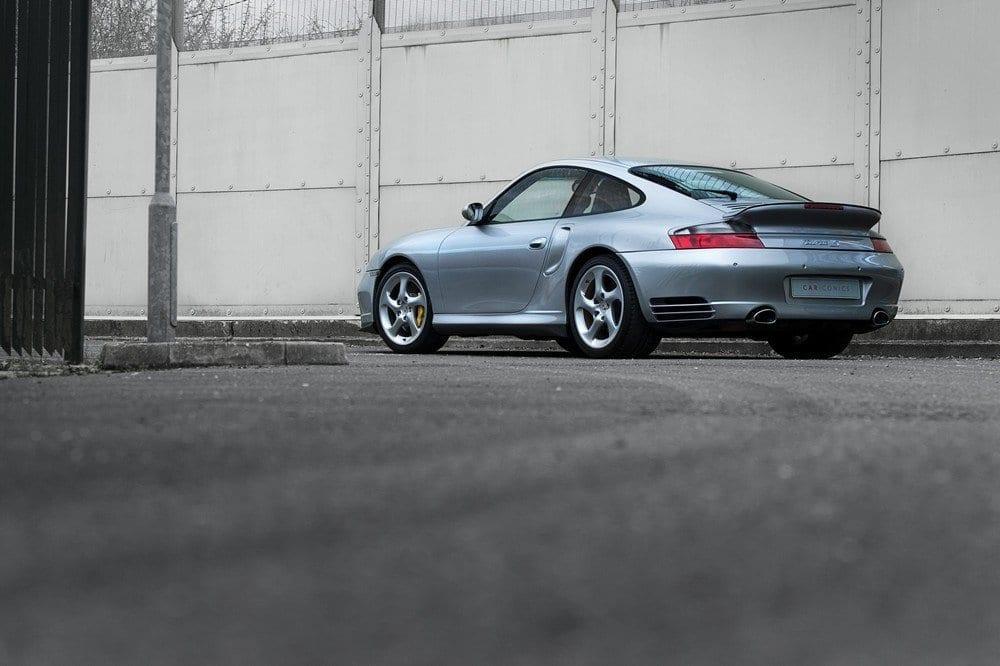 001_Porsche996Turbo_CarIconics__D4J6089