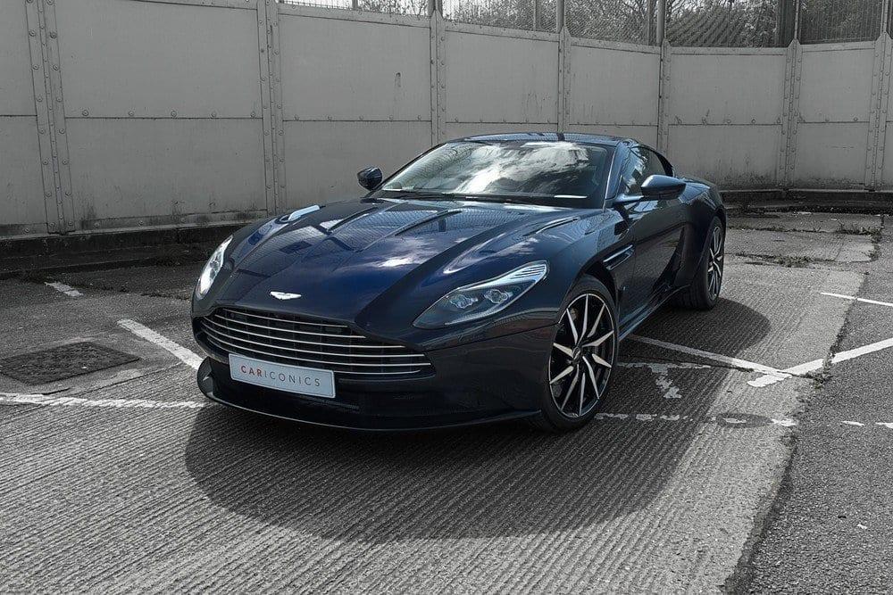 002_AstonMartinV12May2017_CarIconics__D4J9019