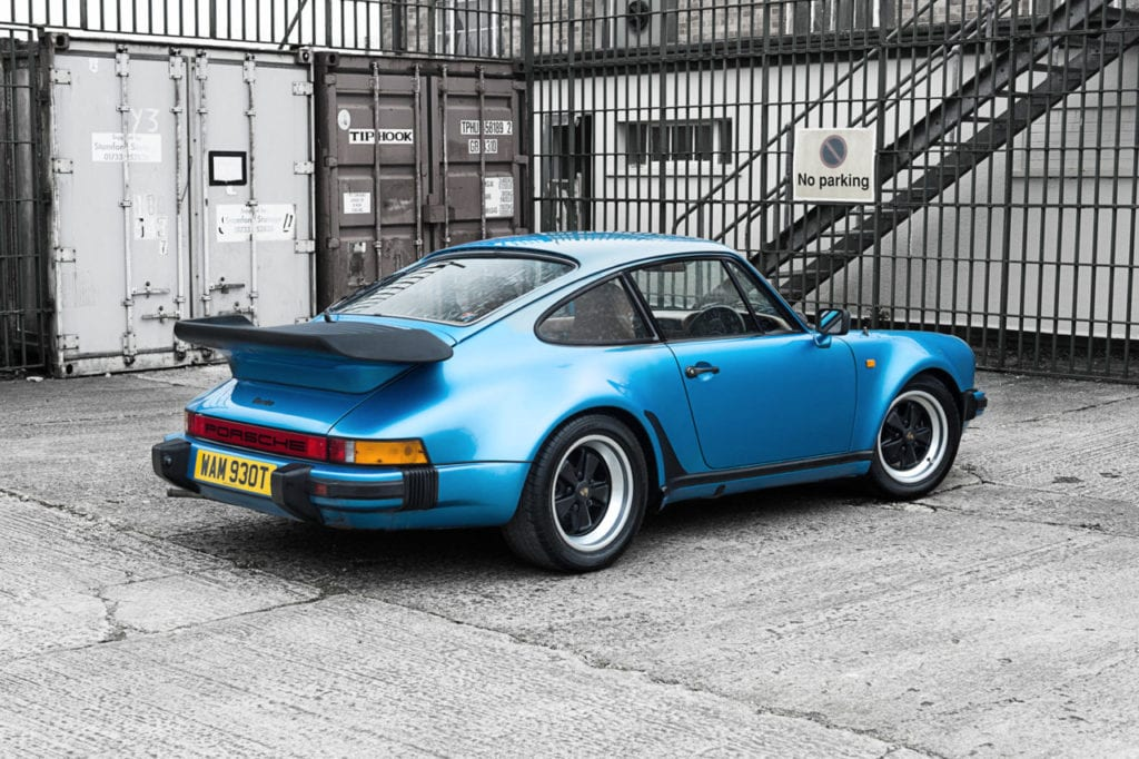 002_Porsche930T_CarIconics_March2019_D4J_2870