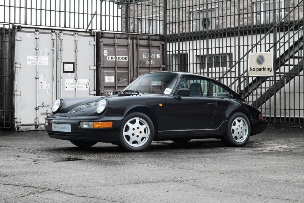 003_CarIconics_Porsche964Black_2018_D4J_9076