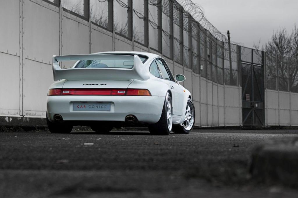 003_CarIconics_Porsche993RSWhite_2018__D4J7684