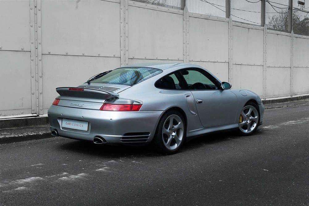 003_Porsche996Turbo_CarIconics_D4J_4949