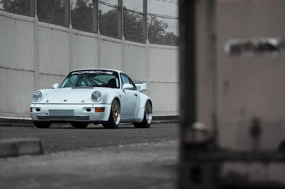 004_CarIconics_Porsche964_RSR_June2016__D4J9330