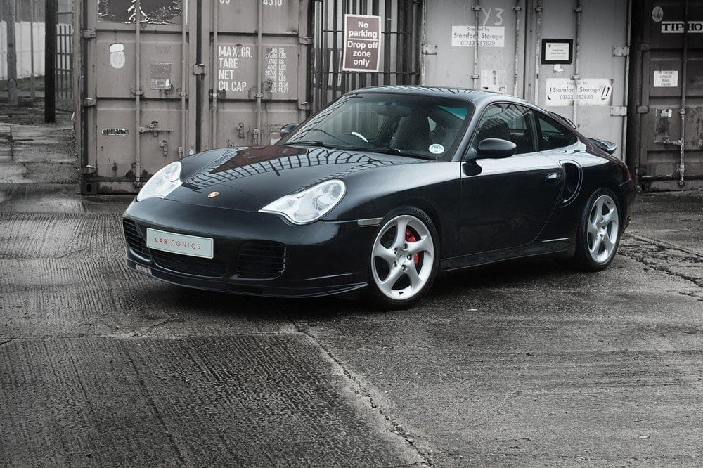 004_CarIconics_Porsche996Turbo2004_D4J_3545