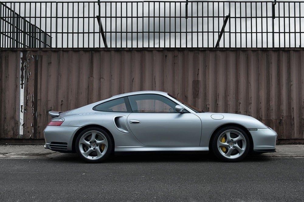004_Porsche996Turbo_CarIconics_D4J_4982