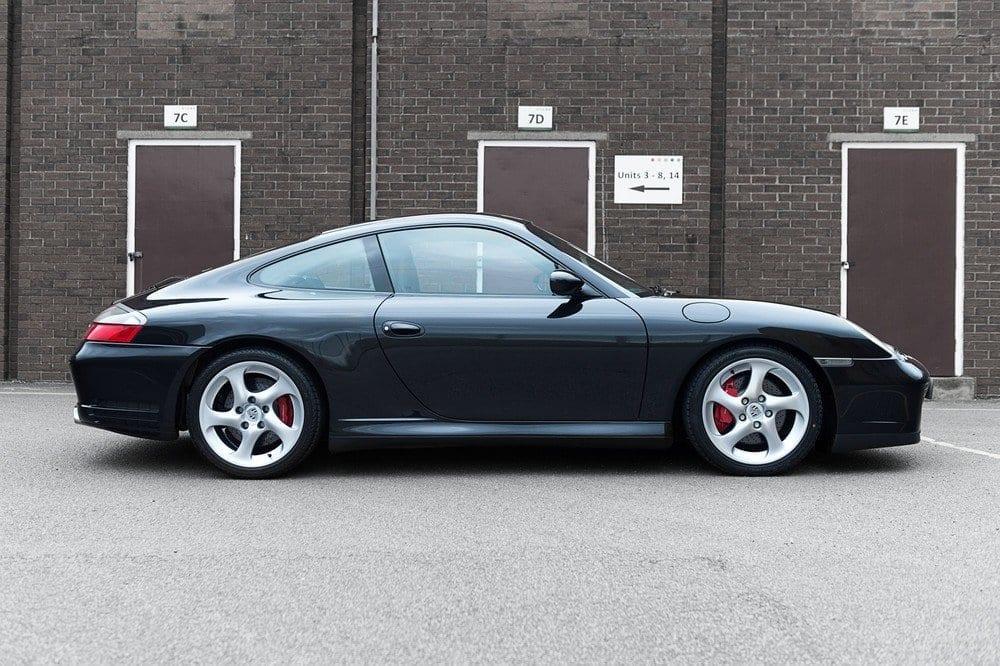 005_Porsche996C4S_CarIconics_D4J_5063
