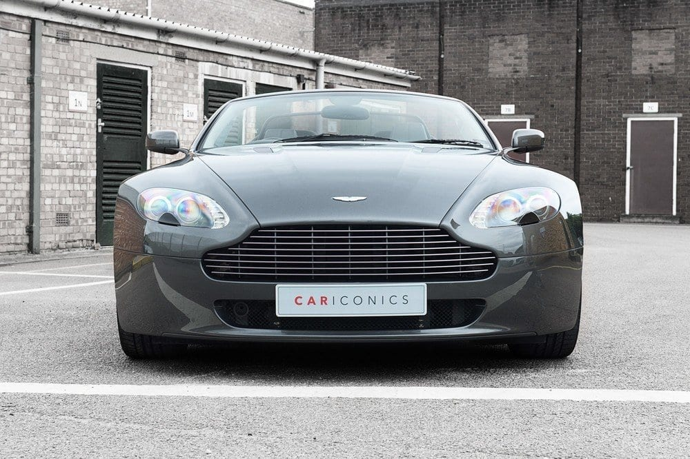 006_AstonMartin_convertable_CarIconics_Sept_D4J_5247