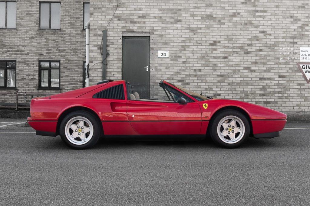 006_CarIconics_Ferrari328GTS_June2018___D4J1221