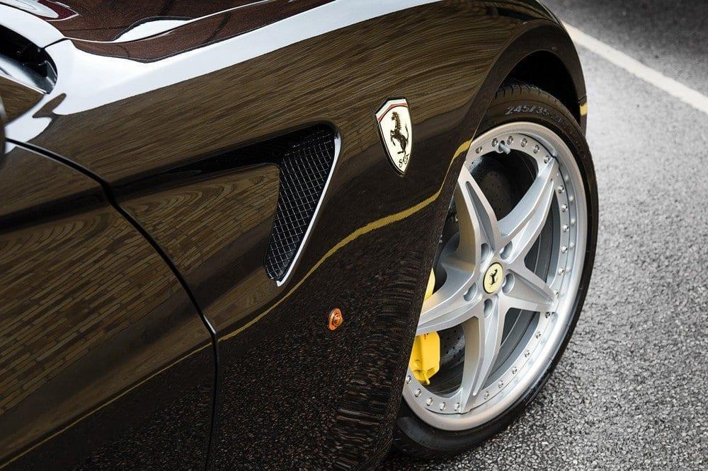 006_CarIconics_Ferrari559GTB_D4J_3503