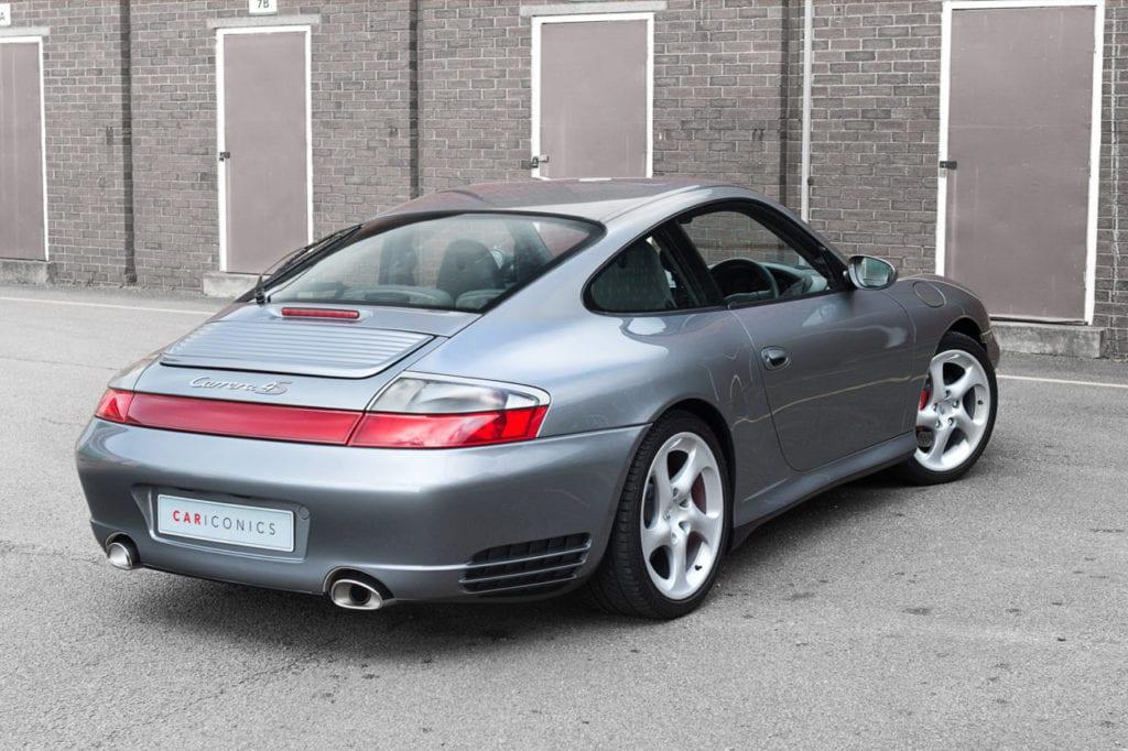 006_Porsche996C4s_CarIconics_Feb2019_D4J_8996V2