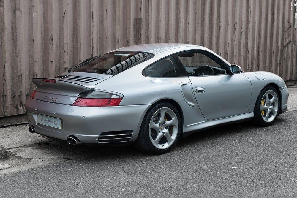 006_Porsche996Turbo_CarIconics_D4J_4971