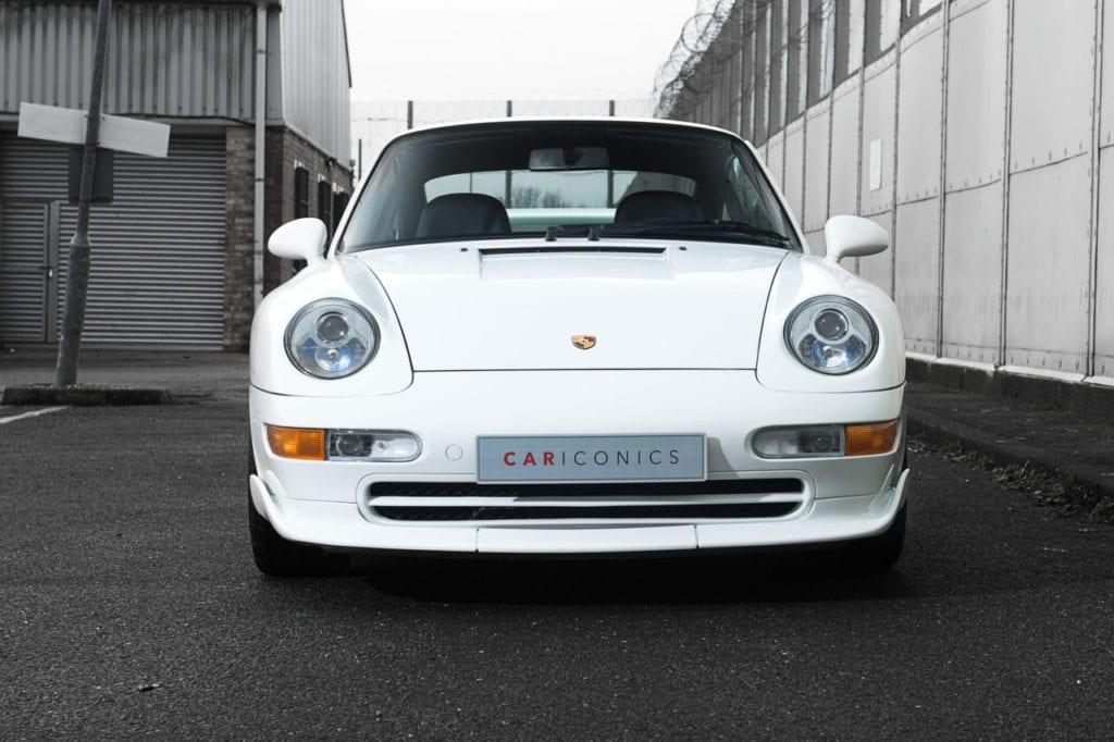 007_CarIconics_Porsche993RSWhite_2018_D4J_9238