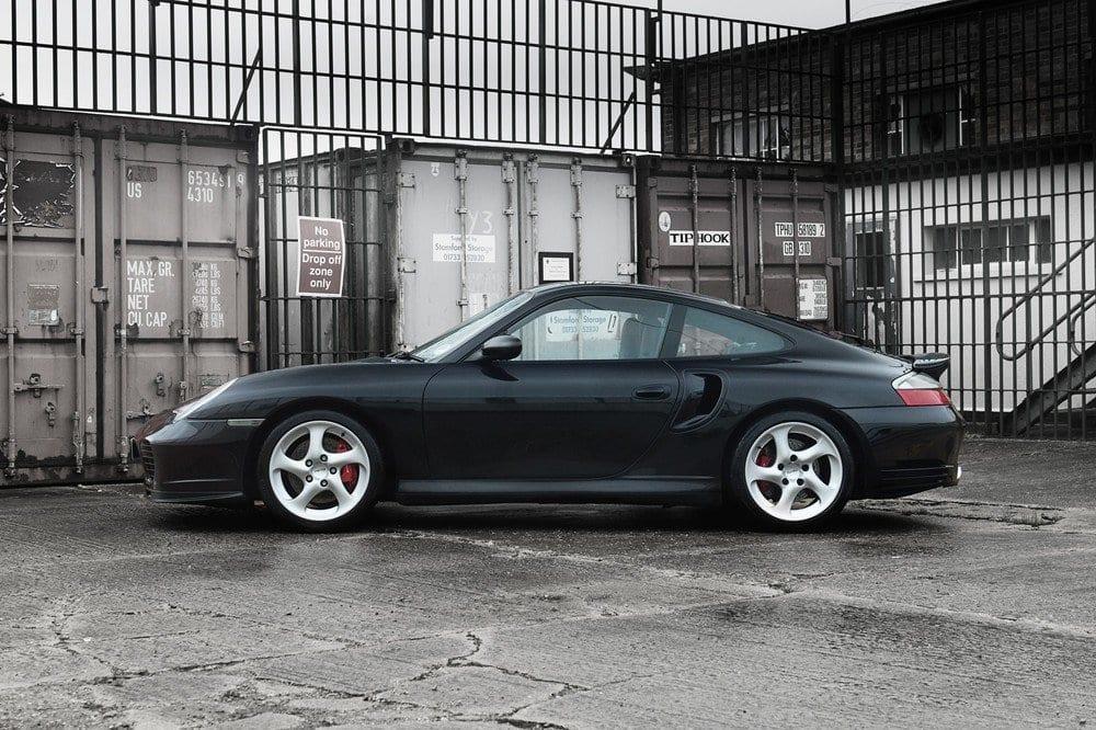 007_CarIconics_Porsche996Turbo2004_D4J_3556