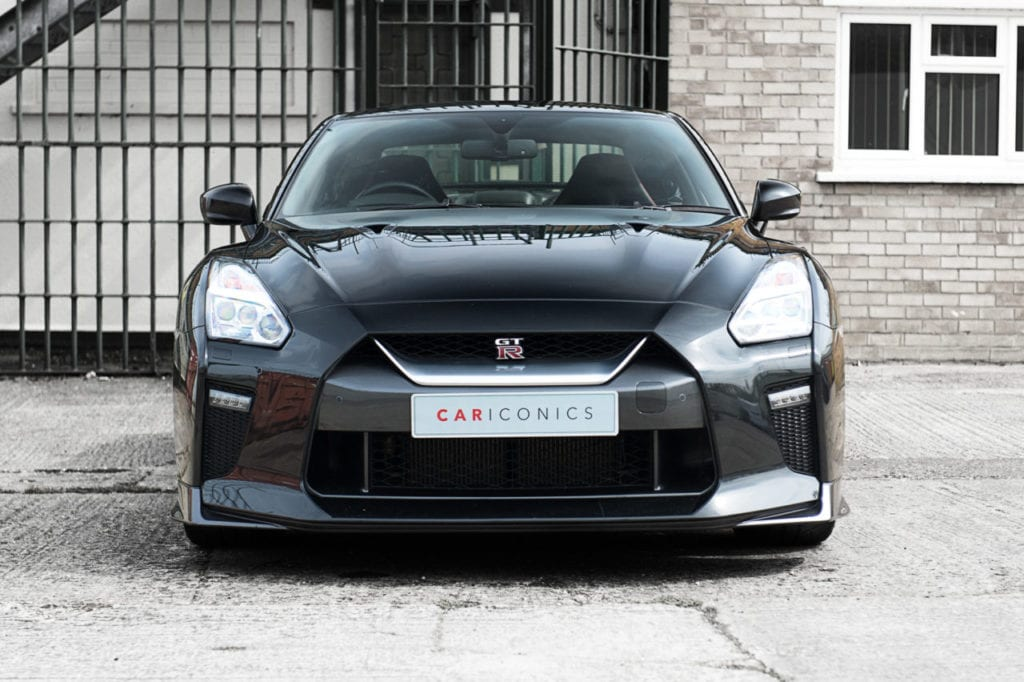 007_NissanGTR_CarIconics_April2019_D4J_3169