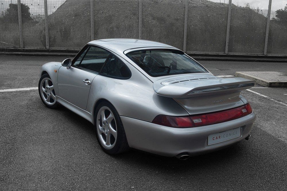 007_Porsche993Turbo_CarIconics_July2017_D4J_4282