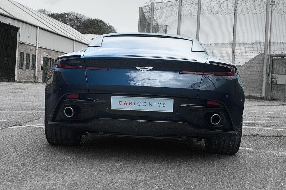 008_AstonMartinV12May2017_CarIconics__D4J9058