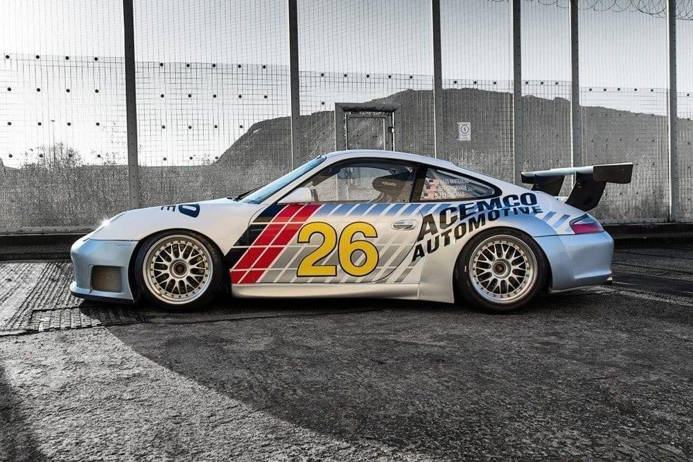 008_CarIconics_Porsche996Race_D4J_5341