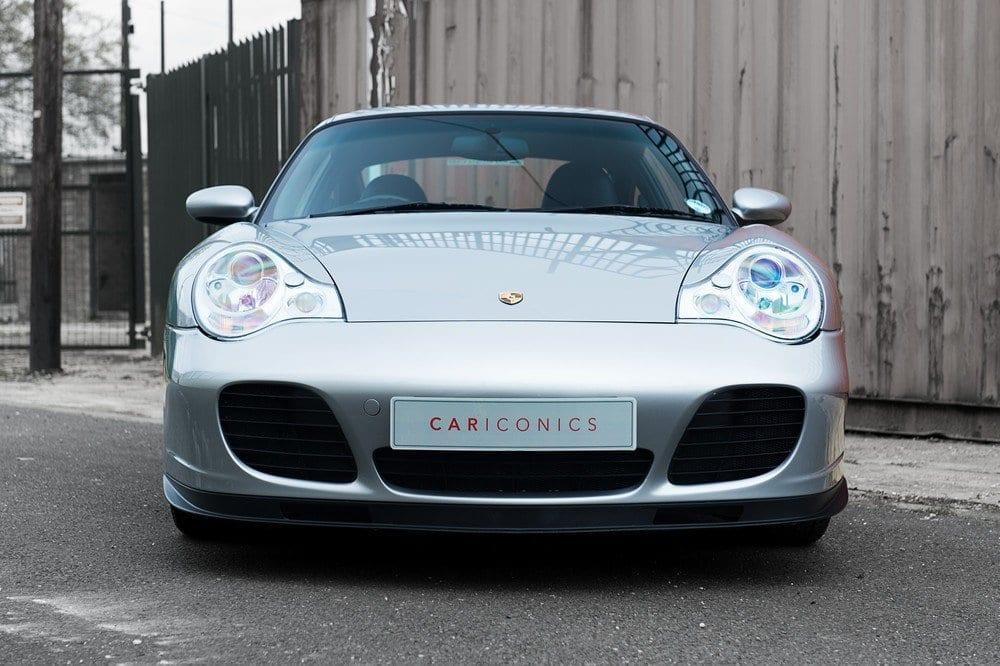 008_Porsche996Turbo_CarIconics_D4J_5029