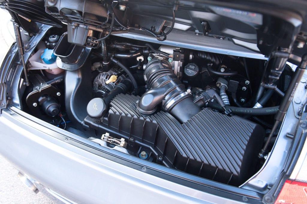 009_Porsche996C4s_CarIconics_Feb2019_D4J_8972