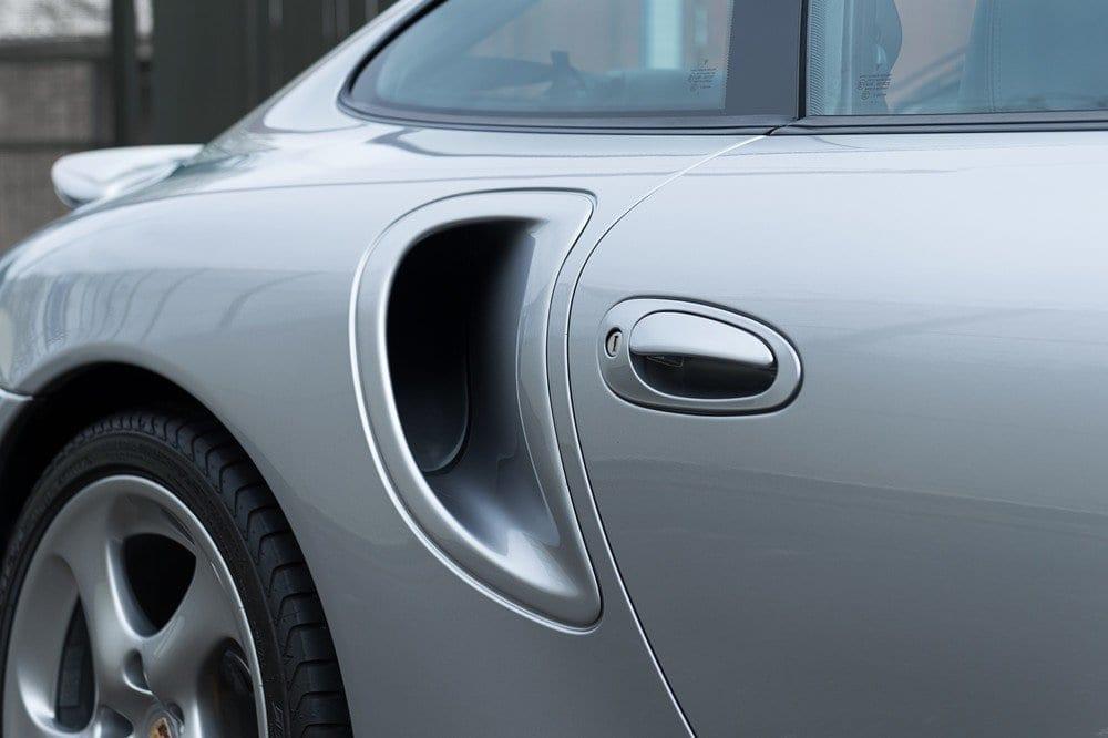 009_Porsche996Turbo_CarIconics_D4J_5022