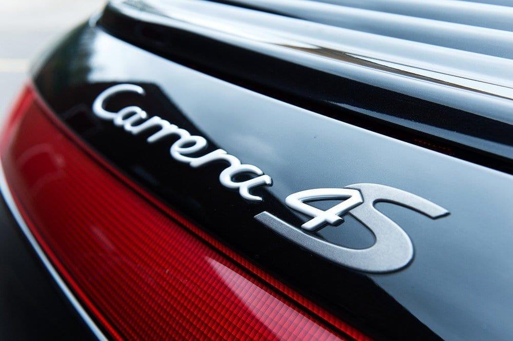 010_Porsche996C4S_CarIconics_D4J_5053