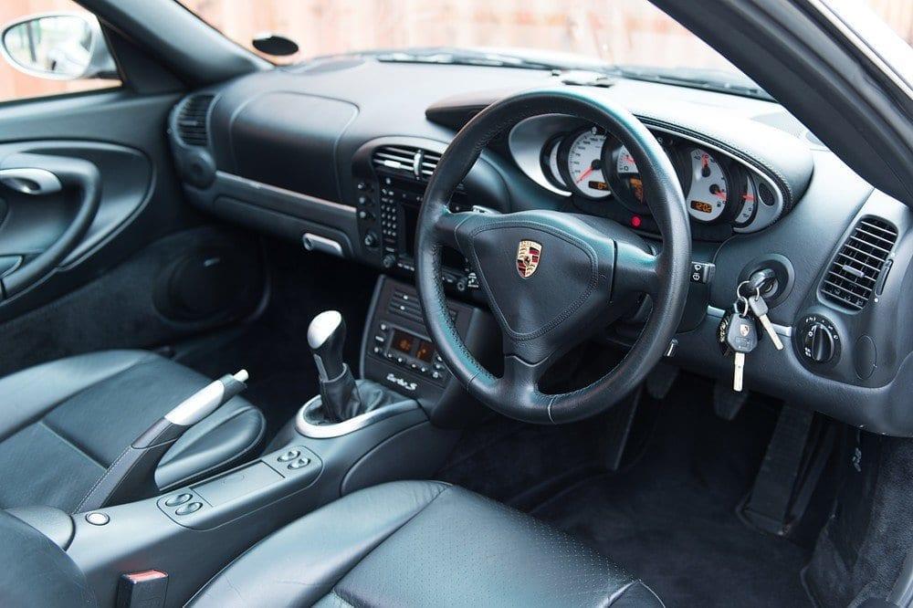 012_Porsche996Turbo_CarIconics_D4J_4996