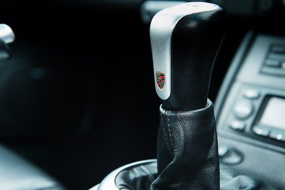 014_CarIconics_Porsche996Turbo2004_D4J_3575