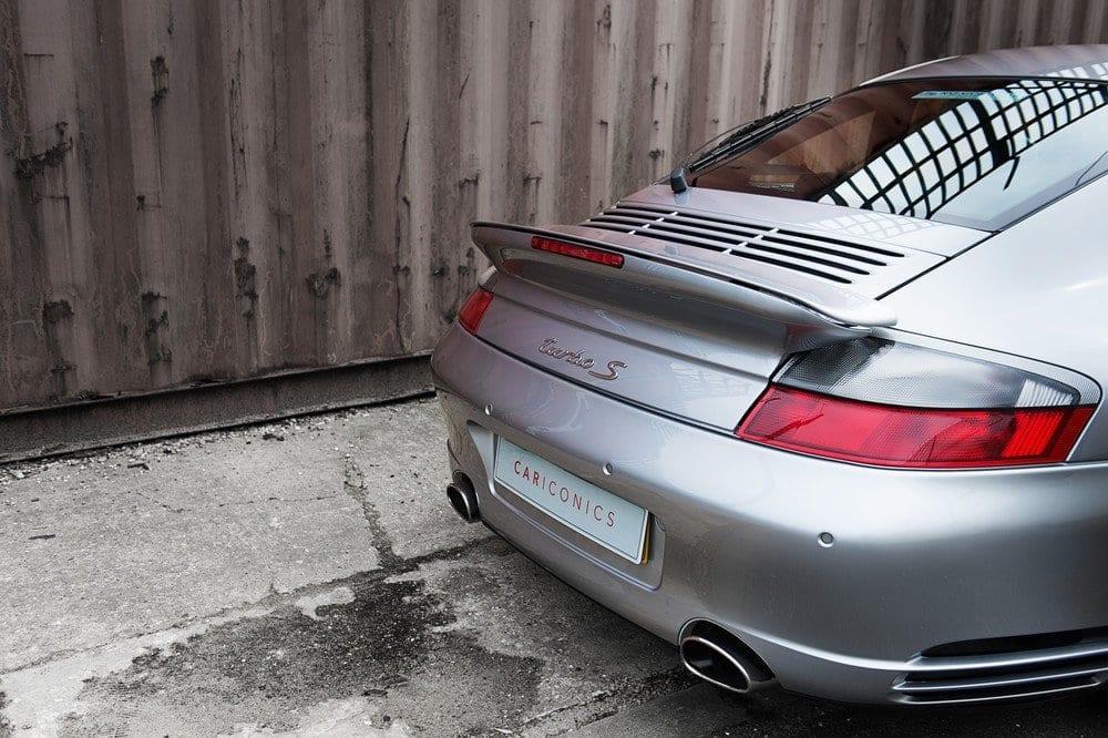 014_Porsche996Turbo_CarIconics_D4J_5024