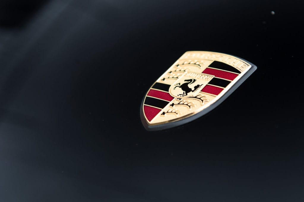 017_CarIconics_Porsche964Black_2018_D4J_9110