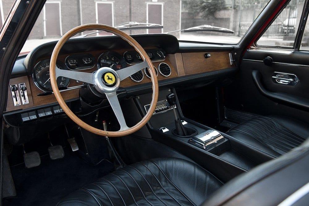 018_CarIconics_Ferrari330_June2016_D4J_9048