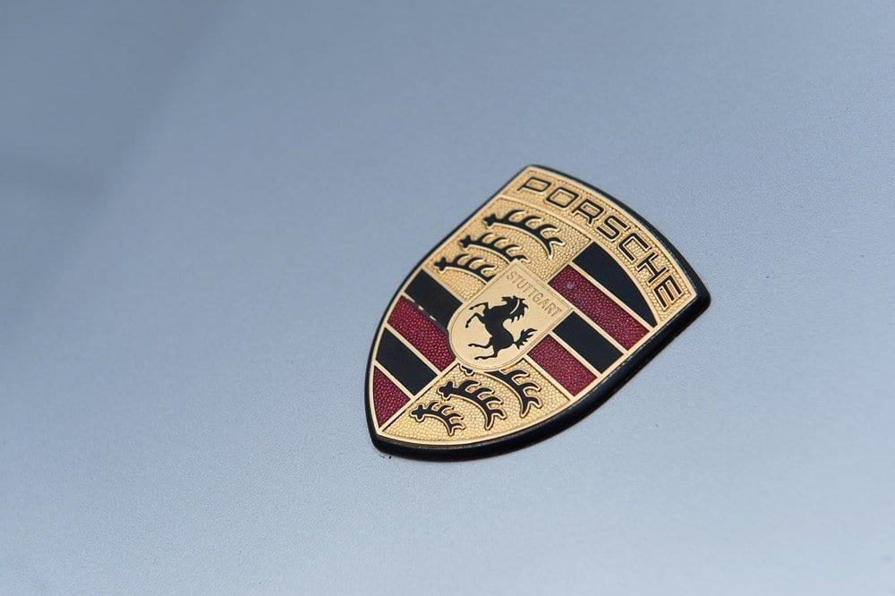 019_Porsche996Turbo_CarIconics_D4J_5015