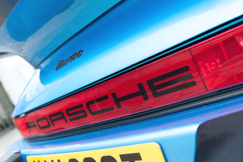 020_Porsche930T_CarIconics_March2019_D4J_2877