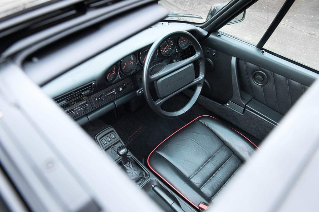 021_CarIconics_Porsche964Black_2018_D4J_9121