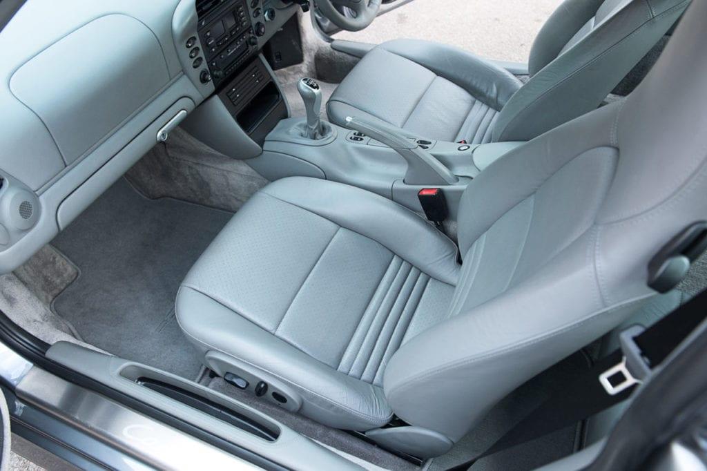 021_Porsche996C4s_CarIconics_Feb2019_D4J_8992