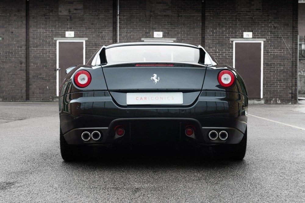 023_CarIconics_Ferrari559GTB_D4J_3516