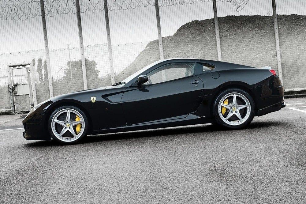 025_CarIconics_Ferrari559GTB_D4J_3524