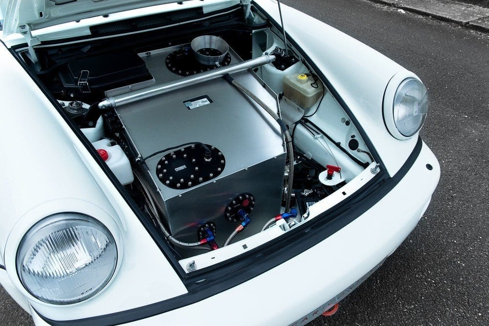 035_CarIconics_Porsche964_RSR_June2016_D4J_9339