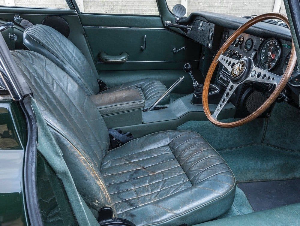 Jaguar 1.5 e-type interior
