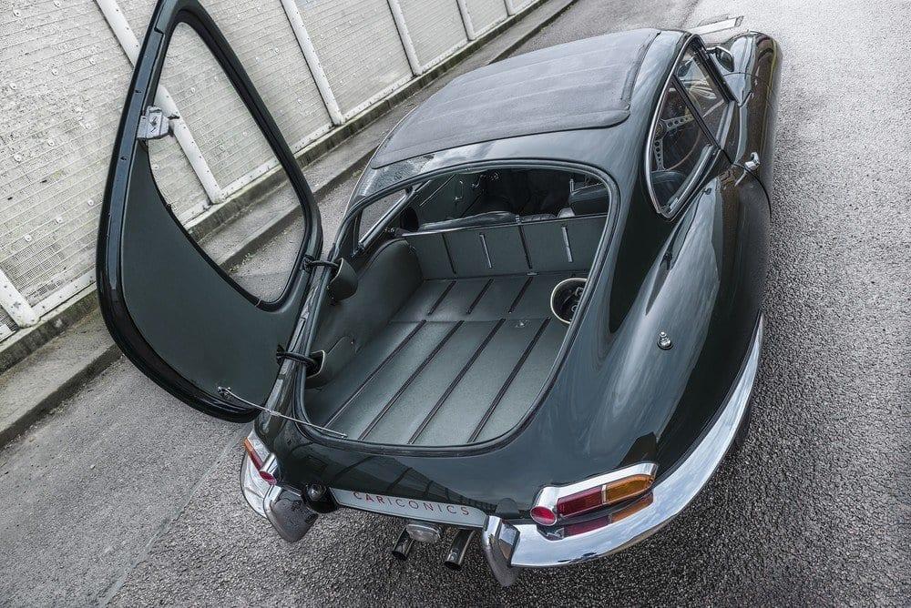 Jaguar-E-Type-4.2-Series-1.5-06