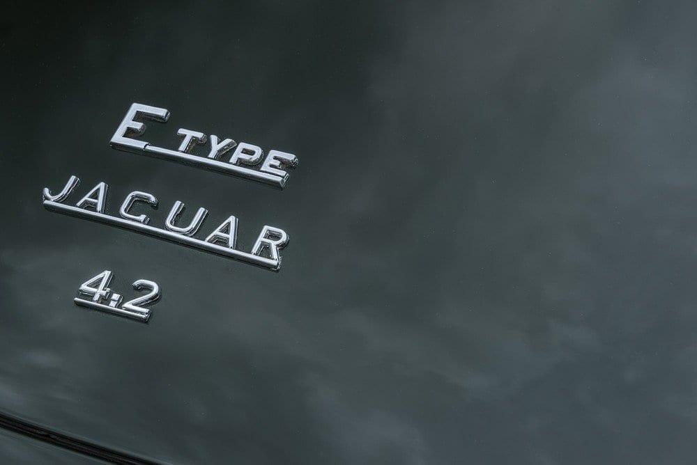 Jaguar-E-Type-4.2-Series-1.5-10