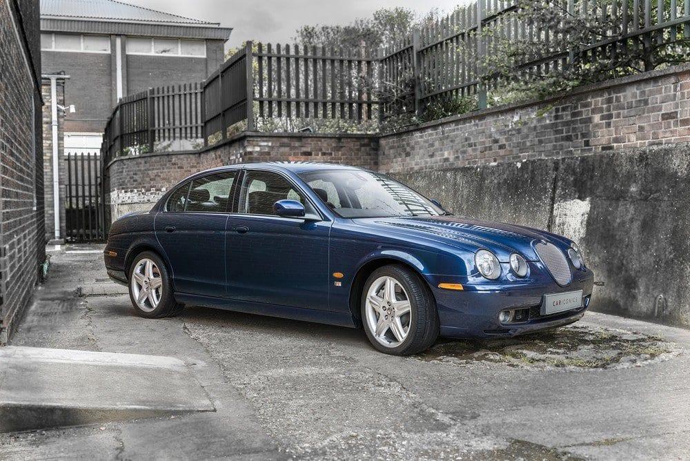Jaguar-S-Type-R-E-02