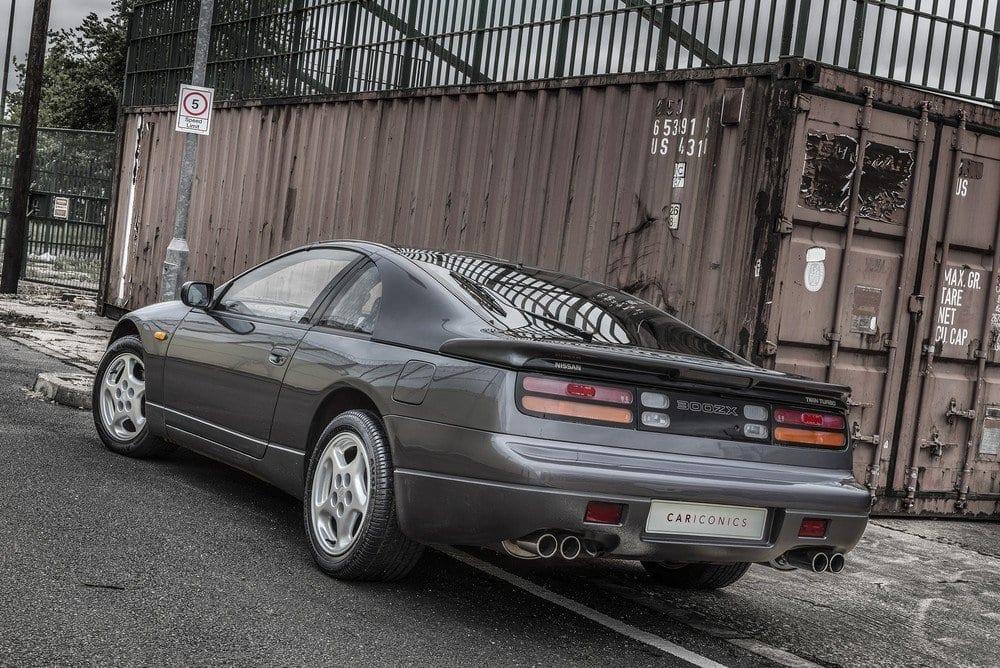 Nissan-300ZX-H-01