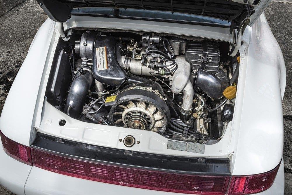 Porsche-964-Carrera-4-A-06