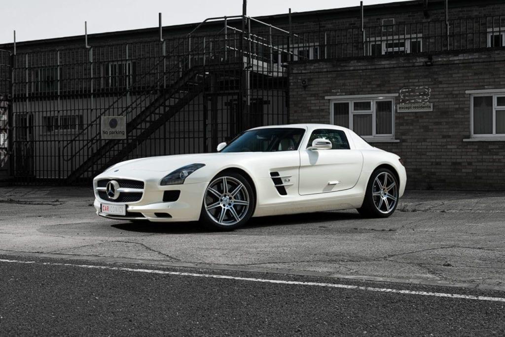 001_MercedesGullWing_CarIconics_July2019__D4J2242-1280x854