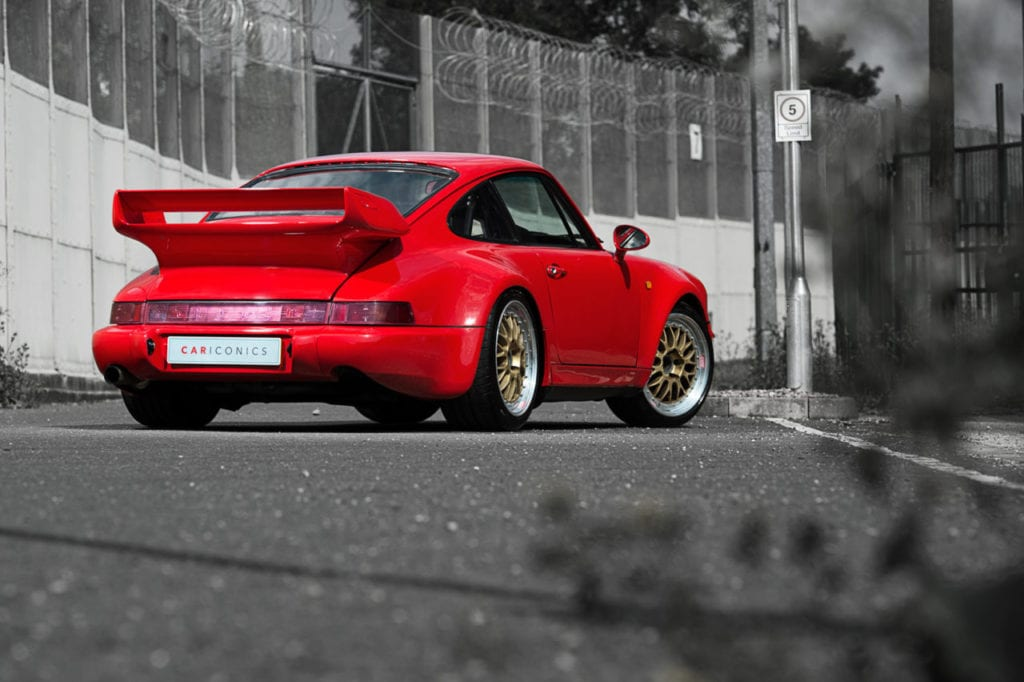003_Porsche964_RSR_Red_CarIconics_July2019_D8J_6630-1280x852