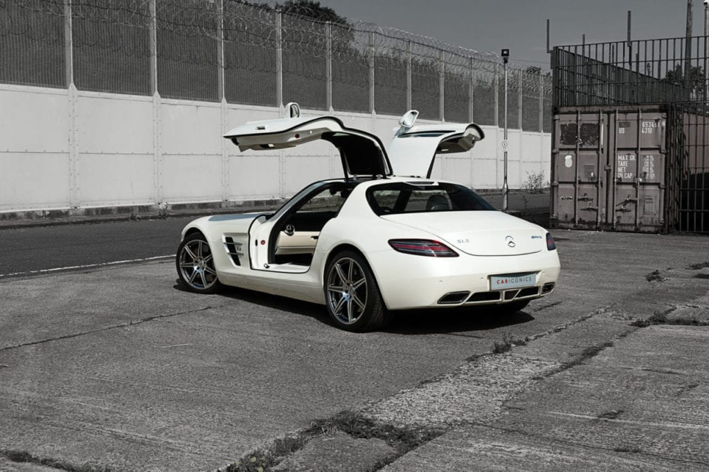 004_MercedesGullWing_CarIconics_July2019__D4J2253-1280x852