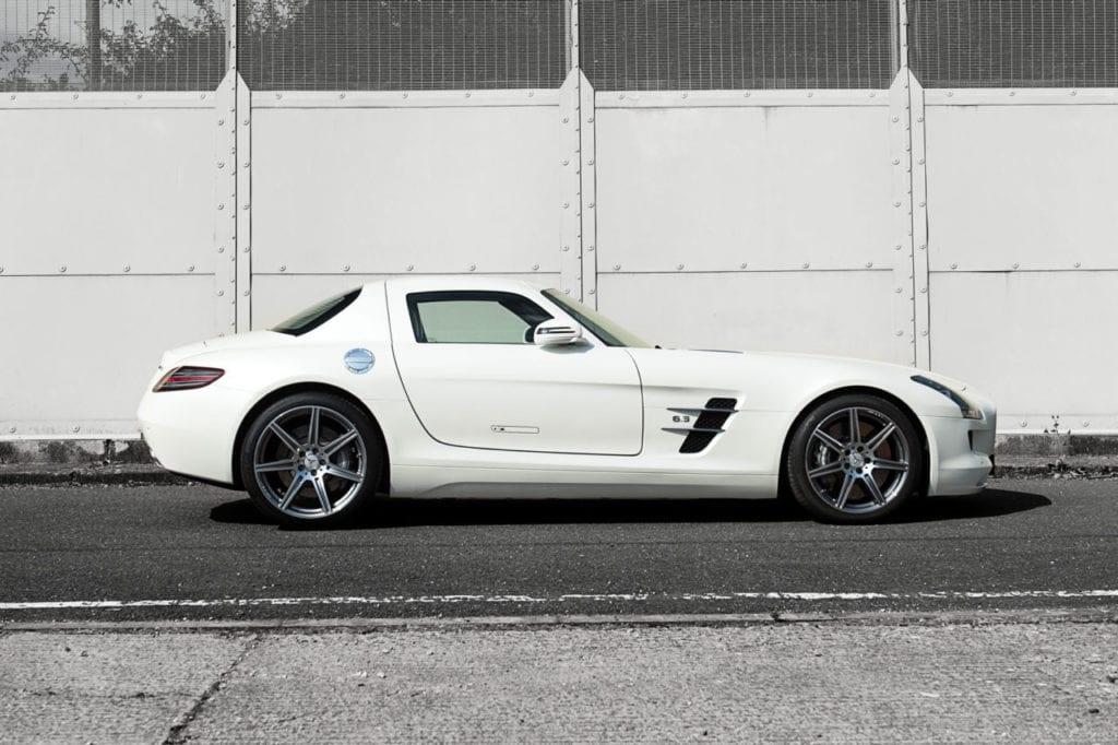 007_MercedesGullWing_CarIconics_July2019__D4J2285-1280x852