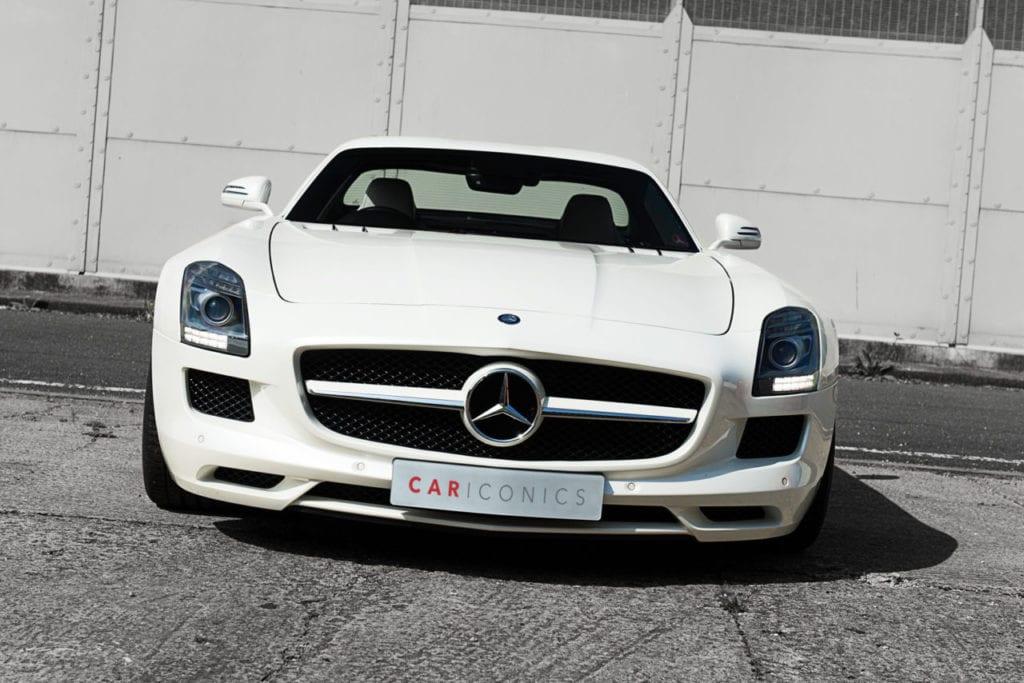 008_MercedesGullWing_CarIconics_July2019__D4J2286-1280x854