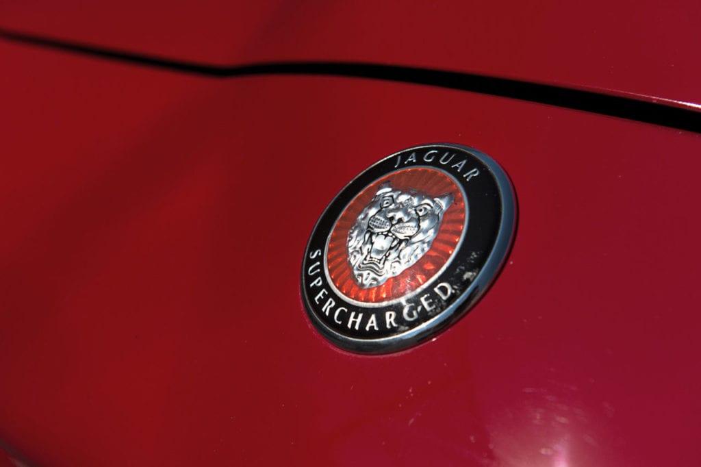 010_JaguarXKR_CarIconics_August2019__D4J2607-1280x852