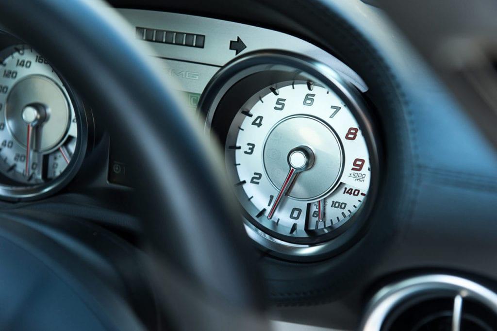 017_MercedesGullWing_CarIconics_July2019__D4J2269-1280x852